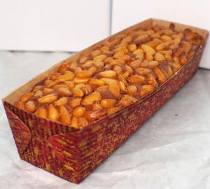 奈良ホテル 松の実ケーキ